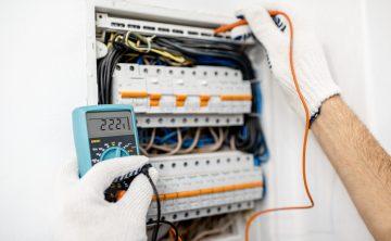 installing-or-repairing-electrical-panel-JJG4WWU-min
